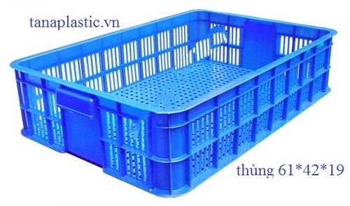 thùng nhựa lỗ